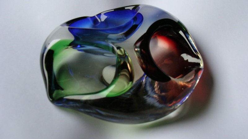 Heavy Glass Ashtray - blue/green/red Glass_12