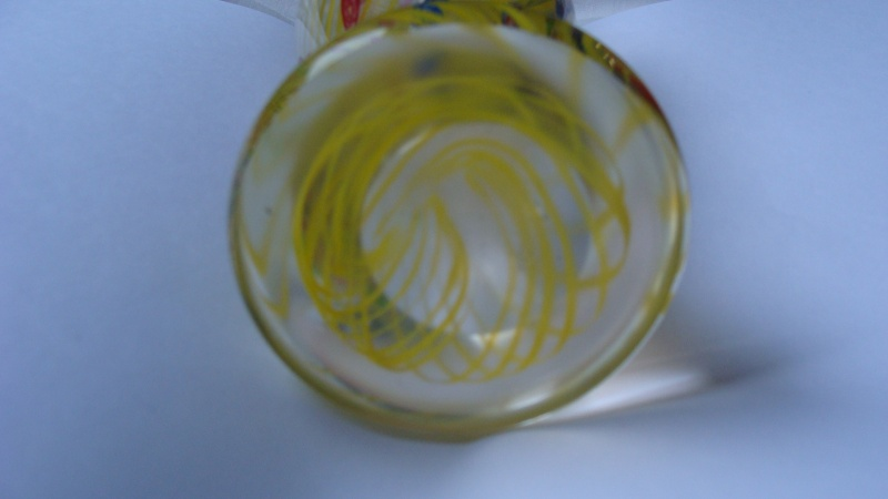 Yellow Spiral design on 12in tall vase. Glass_14