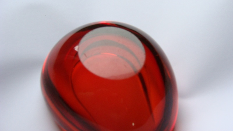 Small Amber Coloured Dish Glass_19