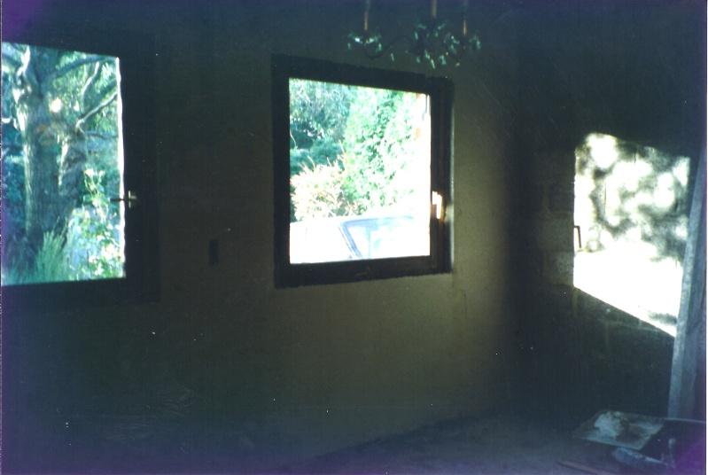 Maison préfabriqué transformée en traditionnelle. - Page 4 Chambr34