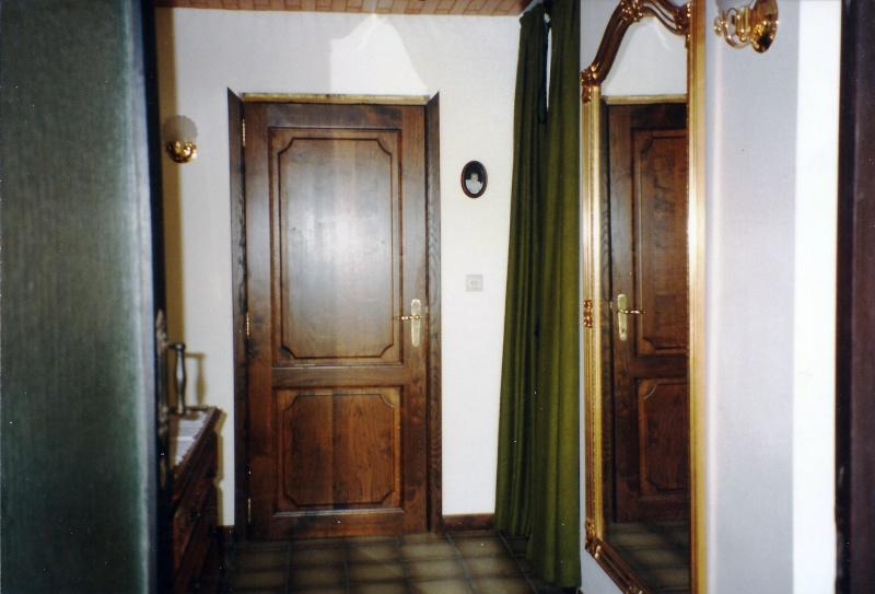 Maison préfabriqué transformée en traditionnelle. - Page 4 Hall_710