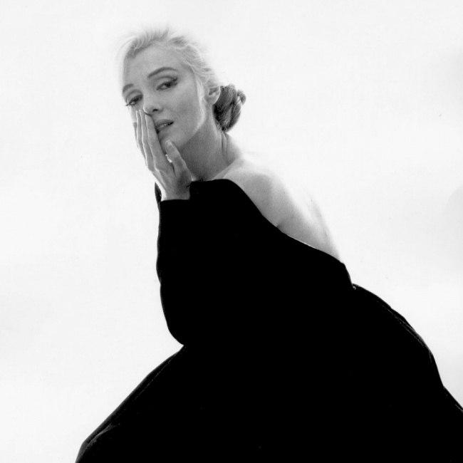 Marilyn Monroe - Page 9 0ogneh10