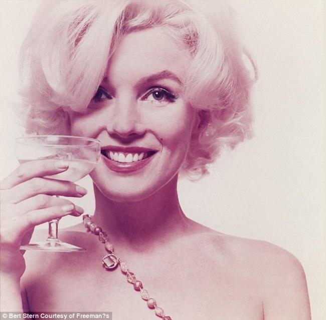 Marilyn Monroe - Page 9 Ojspp810