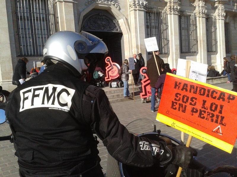 Manifestation APF 2015-011