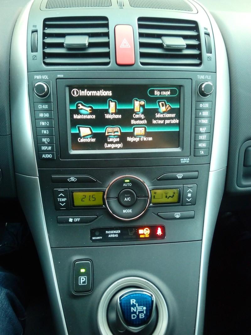 Toyota Auris Lounge 136 HSD Img_2020