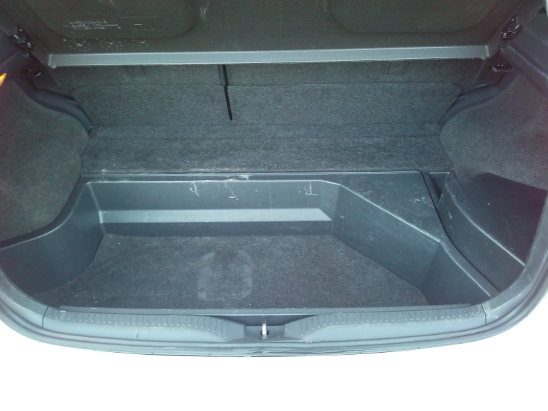Toyota Auris Lounge 136 HSD Img_2024