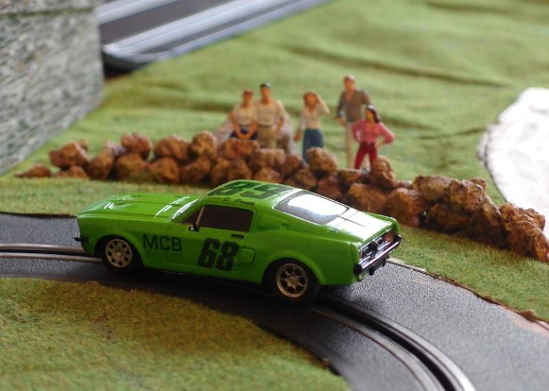 Mustang 68 slot car Imgp0210