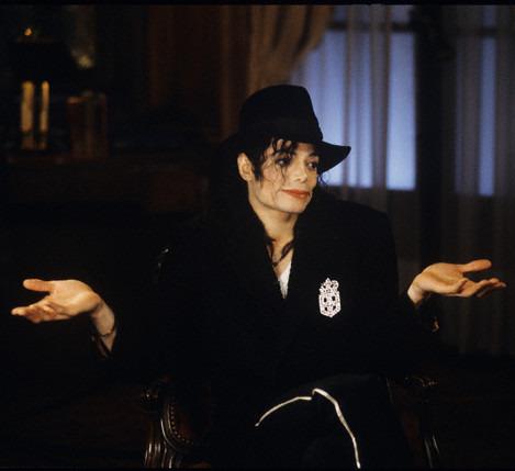 L'ultimo messaggio di Michael - Pagina 4 2n0vx210