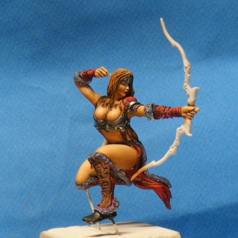 Shauna and the wolf  : DRACONIA miniatures 54mm 00125