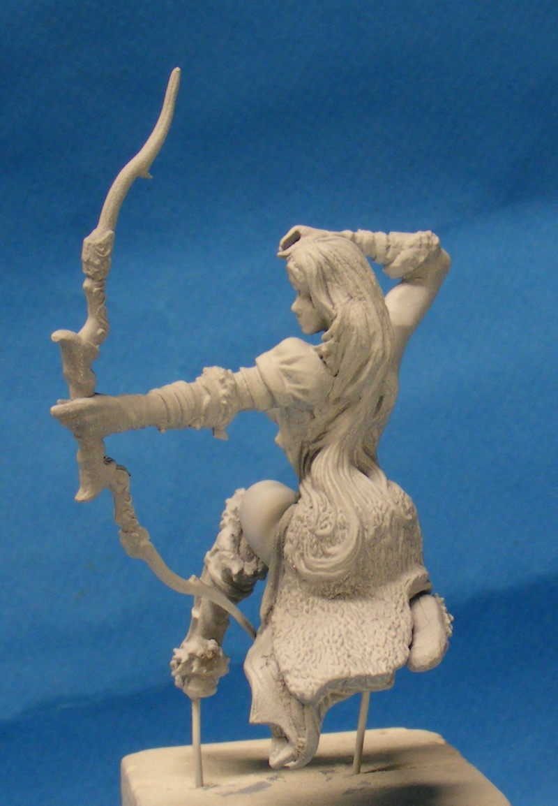 Shauna and the wolf  : DRACONIA miniatures 54mm 00711