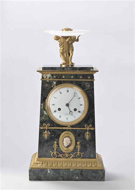 Exposition : Le surtout offert par Charles IV à Napoléon 1er 13-53510