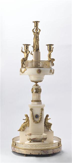 Exposition : Le surtout offert par Charles IV à Napoléon 1er 13-53513