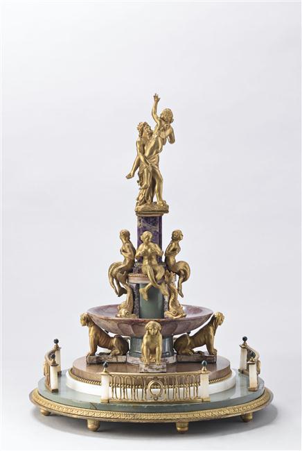 Exposition : Le surtout offert par Charles IV à Napoléon 1er 13-53514