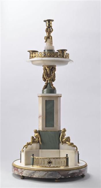 Exposition : Le surtout offert par Charles IV à Napoléon 1er 13-53516