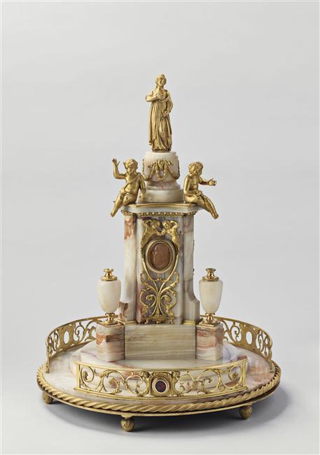 Exposition : Le surtout offert par Charles IV à Napoléon 1er 13-53713