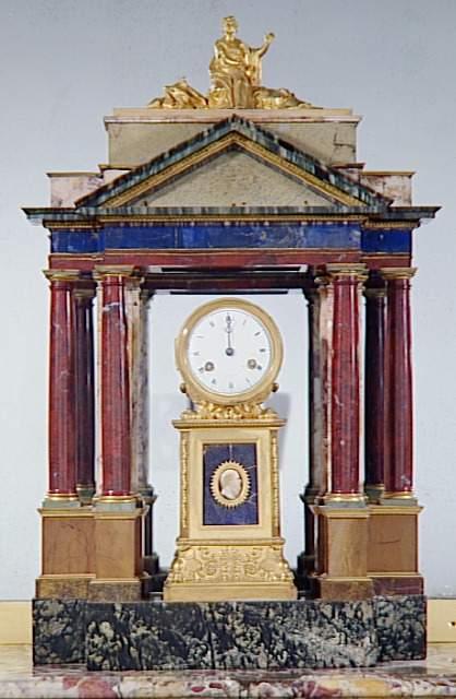 Exposition : Le surtout offert par Charles IV à Napoléon 1er 88-00010