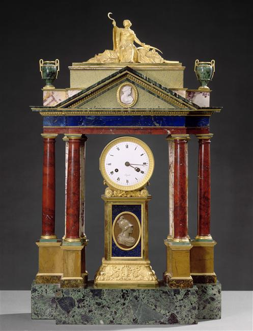 Exposition : Le surtout offert par Charles IV à Napoléon 1er 88-00310