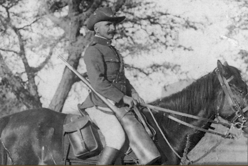 Uniformes et équipements des Troupes coloniales Aqq10
