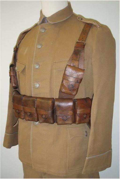 Uniformes et équipements des Troupes coloniales Gf10