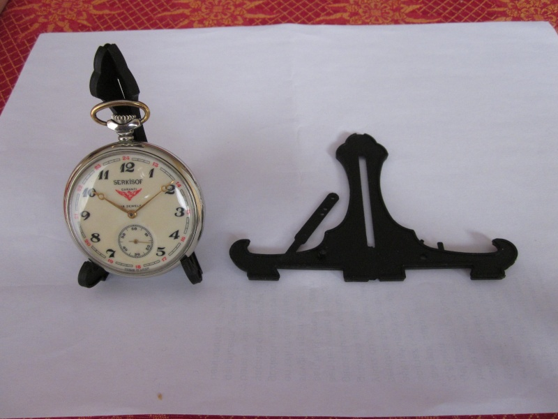 Exposer une montre de gousset : solution chinoise  00111