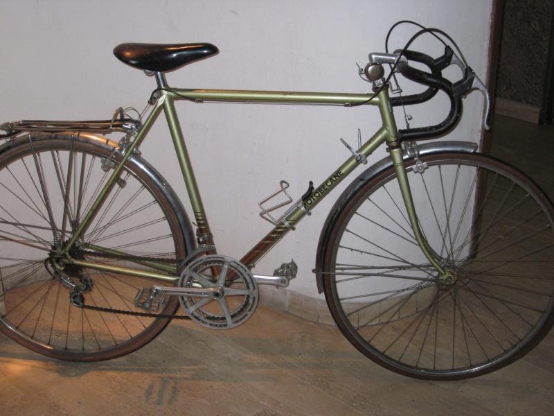 Vélo de randonnée ou d'évacuation pour très petit budget  Demi-c11