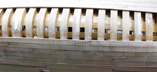 La Belle 1684 scala 1/24  piani ANCRE cantiere di grisuzone  - Pagina 3 Rimg_611