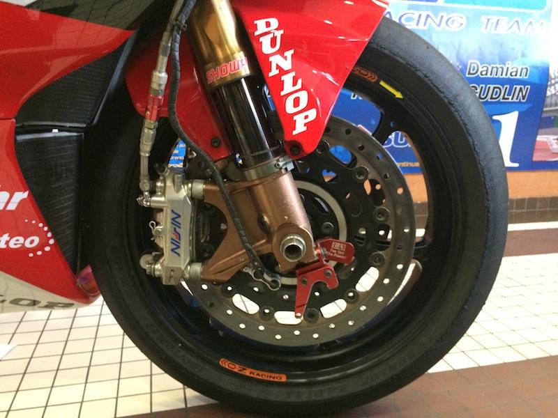 Salon de la moto de compétition dans le 45 Img_2213
