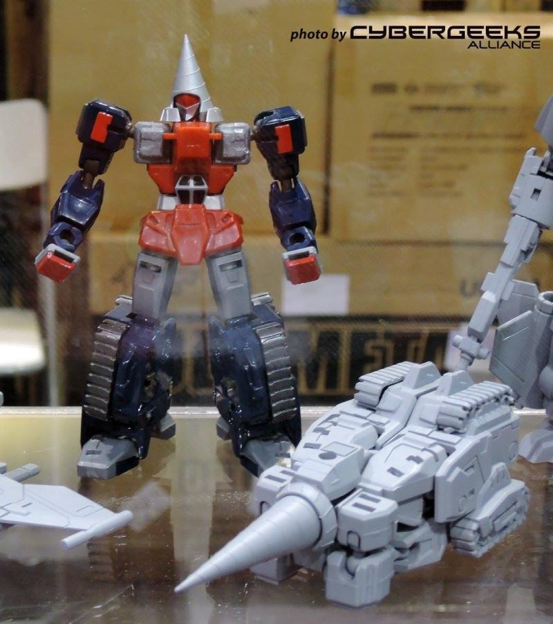 Action Toys  ROBO MACHINE Revenge of Cronos - Page 2 10986410