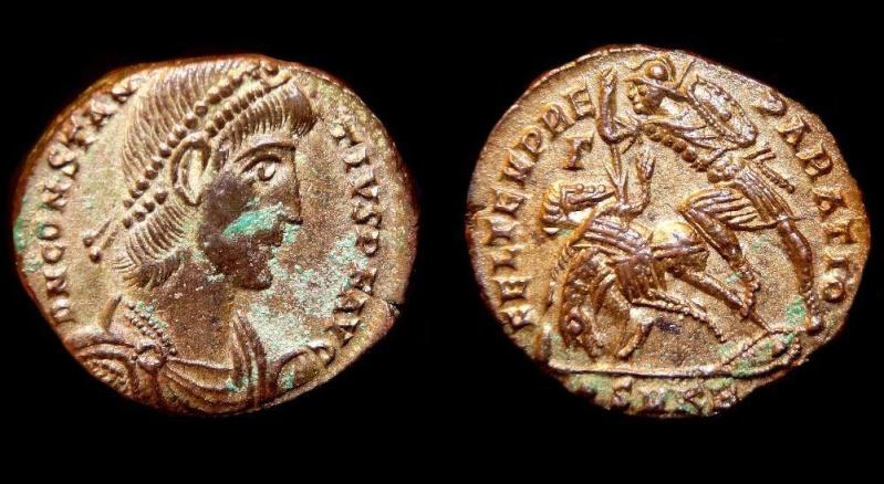 Collection Trajan Consta15