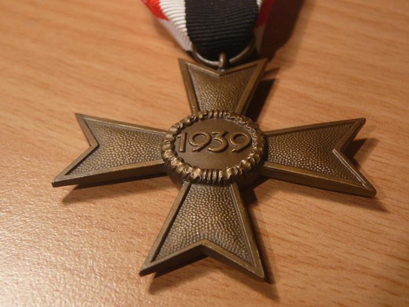 Vos décorations militaires, politiques, civiles allemandes de la ww2 P1200415