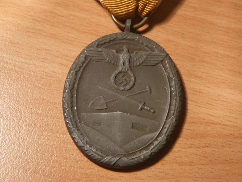 Vos décorations militaires, politiques, civiles allemandes de la ww2 P1200420