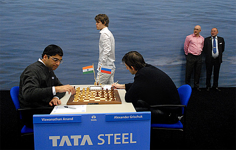 Tata Steel Rd.6: Four wins with black, Nakamura joins Anand Wijk1110