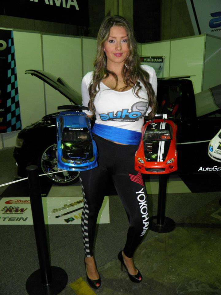 Auto RC-Girls - Page 2 37603010