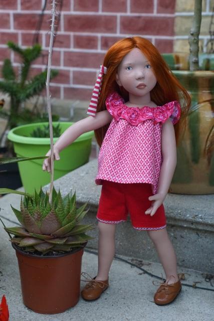 Les filles ont une nouvelle tenue  !!!!!! p.5 - Page 3 Fiona_17
