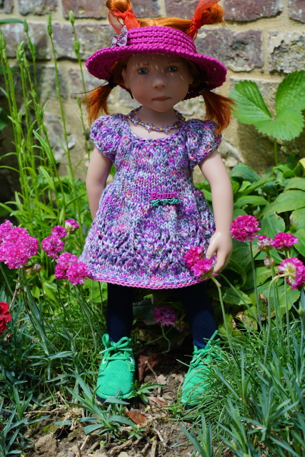 Les filles ont une nouvelle tenue  !!!!!! p.5 - Page 7 Poppy11