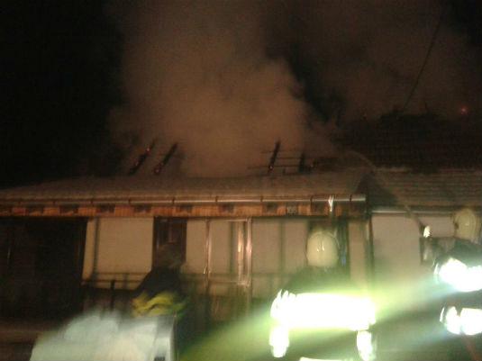 Požar na obiteljskoj kući u D. Zoviku 111