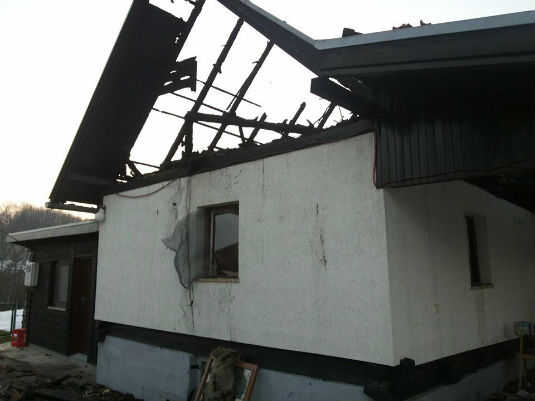 Požar na obiteljskoj kući u D. Zoviku 312