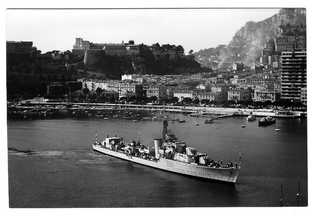 DESTROYER DE LA ROYAL NAVY : du CAESAR au DUCHESS 1956-010