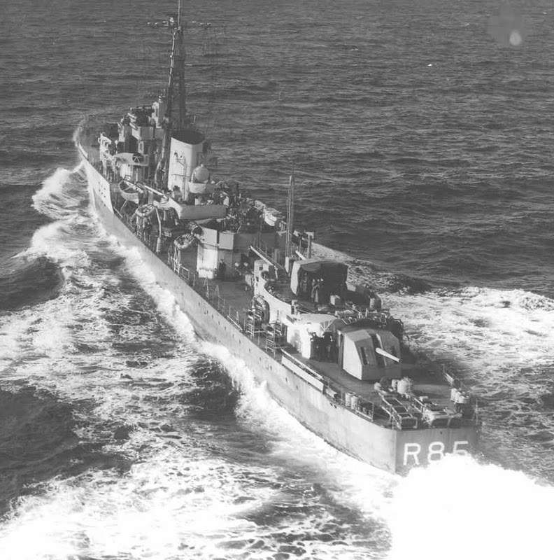 DESTROYER DE LA ROYAL NAVY : du CAESAR au DUCHESS Cambri11