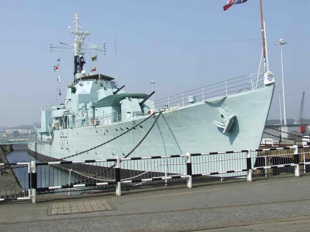 DESTROYER DE LA ROYAL NAVY : du CAESAR au DUCHESS Cavali11