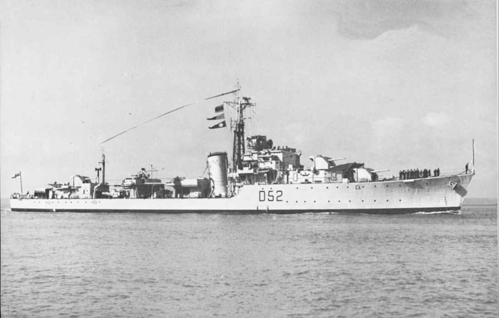 DESTROYER DE LA ROYAL NAVY : du CAESAR au DUCHESS Chaple11