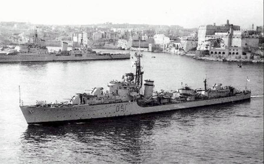 DESTROYER DE LA ROYAL NAVY : du CAESAR au DUCHESS Chevro10