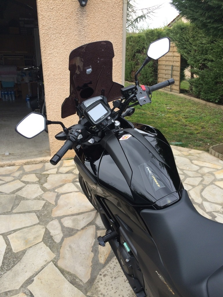 Equipement Selle Briand pour Honda NC 750 X Img_6311