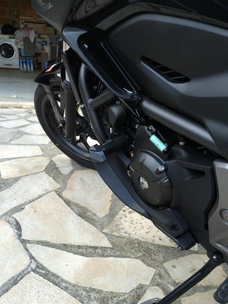Equipement optionnel Honda Montage des déflecteurs supérieur et inferieur Img_6422