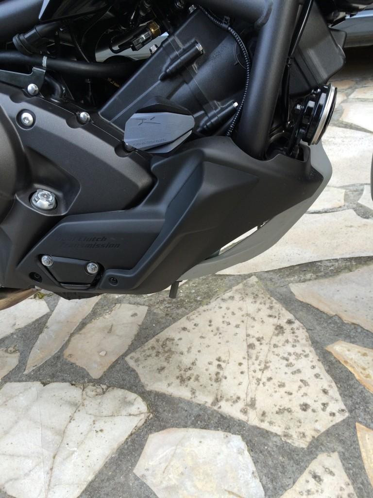 Equipement optionnel Honda Montage des déflecteurs supérieur et inferieur Img_6424