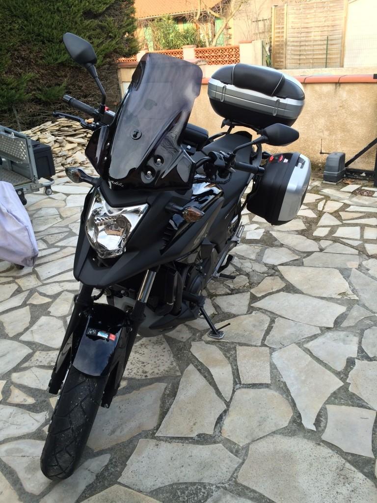Equipement optionnel Honda Montage des déflecteurs supérieur et inferieur Img_6426