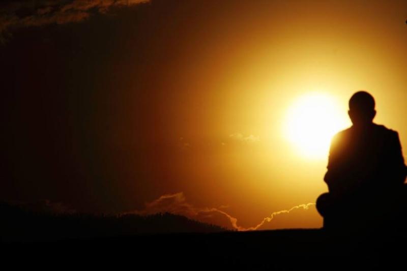 L'homme et le Soleil ... - Page 3 Img_1013