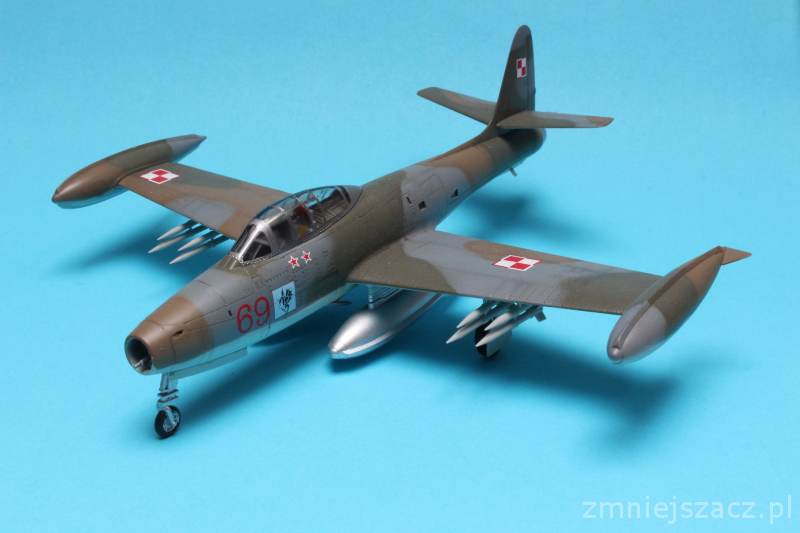 F-84G - WHAT IF - Polish Air Force - Hobby Boss 1/72 Img_4723