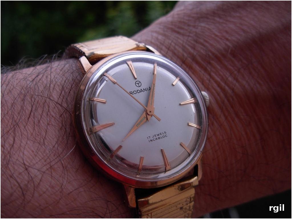 Votre montre du jour - Page 5 Dscn0011