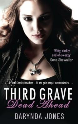 Charley Davidson - Tome 3 : Troisième tombe tout droit de Darynda Jones Charle10